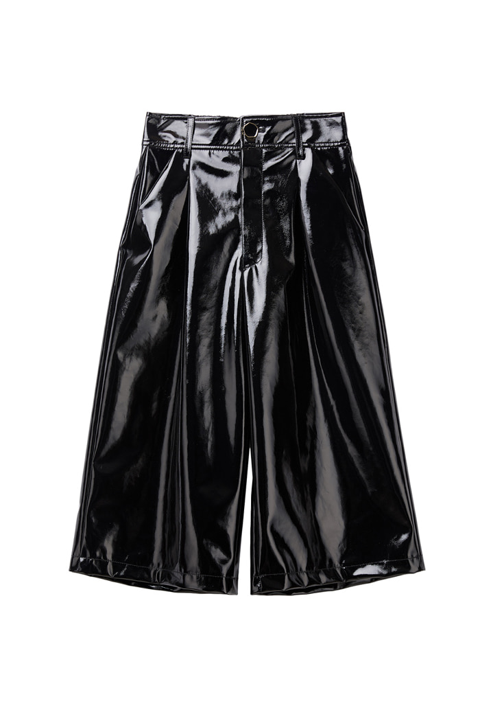 Enamel Gloss Bermuda Pants_Black