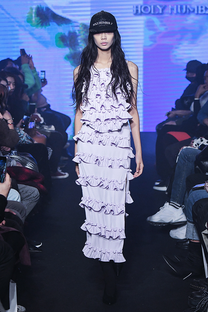 19SS SEOUL FASHION WEEK OFF SHOW HOLYNUMBER7